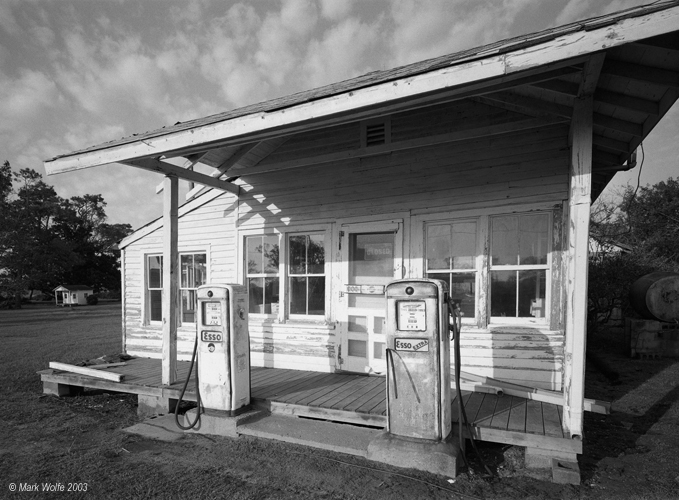 Old gas station   Kitty Hawk, North Carolina
